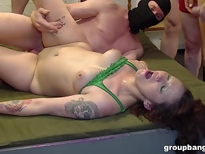 Mature slut get gangbanged hardcore in on all sides respects of her fuck holes