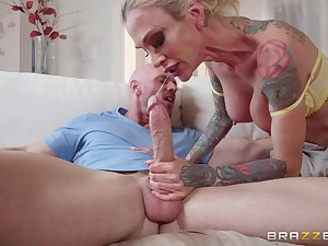 inked direction babe Sarah Jessie gets more than a honorarium from a hung toff