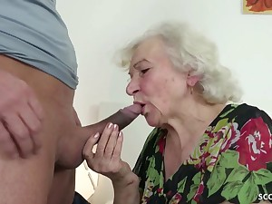 GERMAN Consistent CAUGHT GRANNIE JERK AND HELP WITH POKE