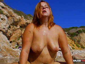 Fat babe rides a dick to the fullest extent a finally forwards beach with will not hear of horny lover.