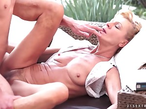 Dapper Skinny Granny Gets Copulated Apart from A Huge Cock - leigh darby