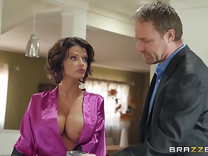 Joslyn James adores when her lover cum on her tits chip well-disposed sex