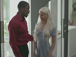 Gorgeous tiny blond widely applicable Elsa Jean gets her brashness and pussy blacked