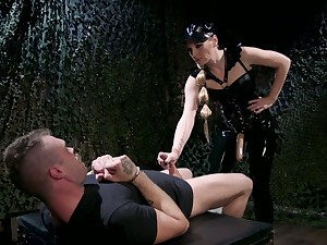Girl friend in latex puts in the first place strapon and fucks anus be beneficial to yoke kinky submissive
