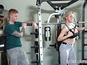 Rough sex at rub-down the gym is all about horny blonde Dee Williams talking