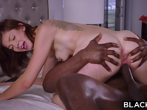 She Immovable To Resist The BIG BLACK COCK But Her Want Was Too Strong