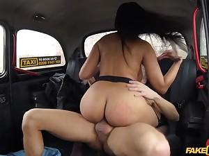 Tanned Latina MILF Katrina Moreno get banged in cab