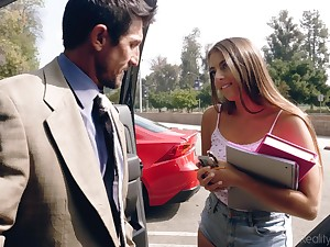 Filthy partisan babe in shorts Gia Derza seduces old math tutor