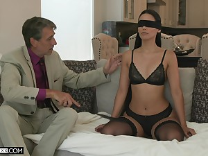 Sexy young wife Andreina Deluxe is council love with her old insatiable husband