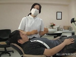 Japanese nurse loves pleasuring her patients with her mouth